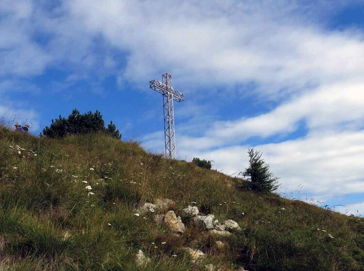 22 Gipfelkreuz Monte Maggio