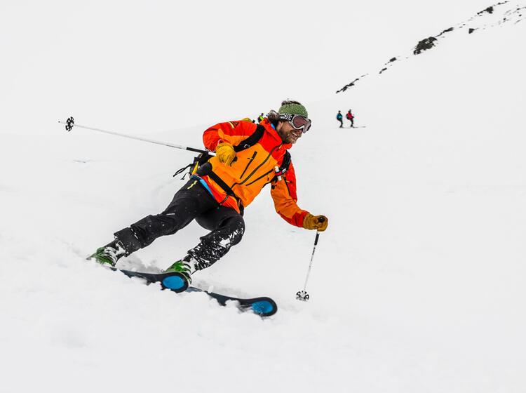 Abfahrt In Den Lyngenalpen Auf Der Skitouren Reise Nach Norwegen