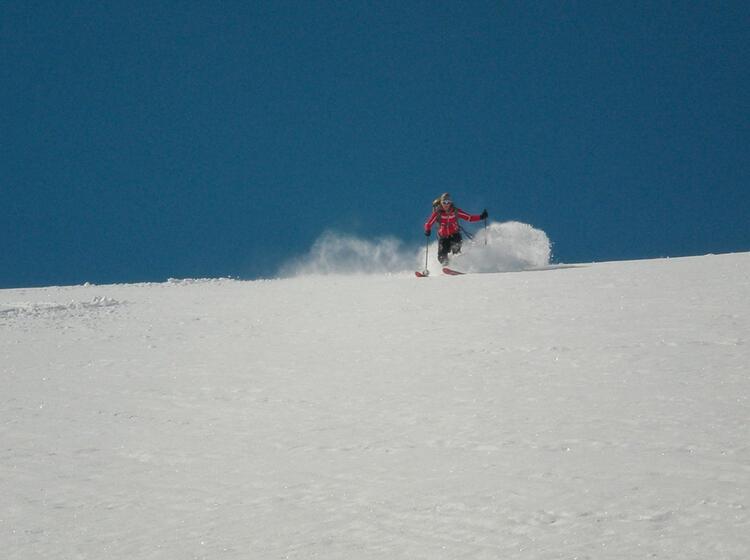 Abfahrtsgenuss Auf Der Skitour Hoch Tirol