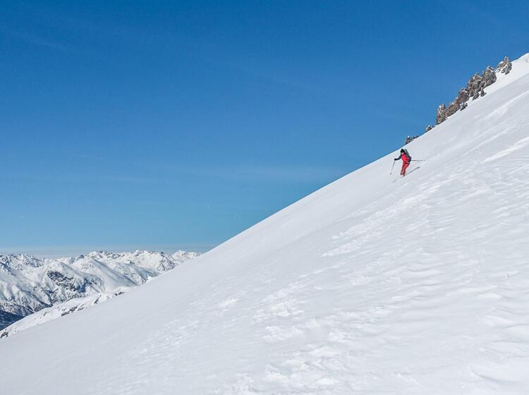 Abfahrtsgenuss Val Muestair Skitouren Und Komfort