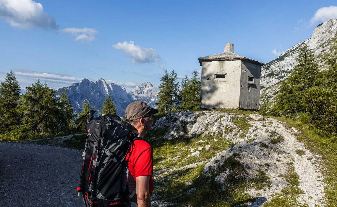 Alte Wehrtuerme Auf Dem Vrisic Pass