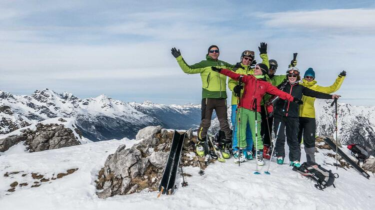Am Gipfel Des Schafkar In Den Lechtaler Alpen Mit Tourenski
