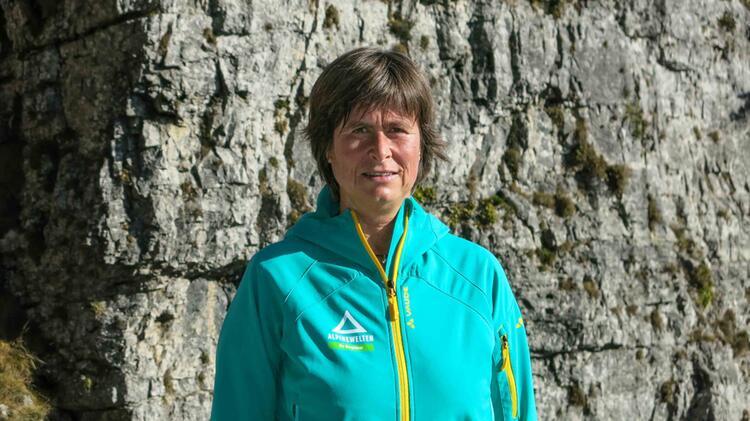 Angelika Neubauer Bergwanderfuehrerin Bei Alpine Welten