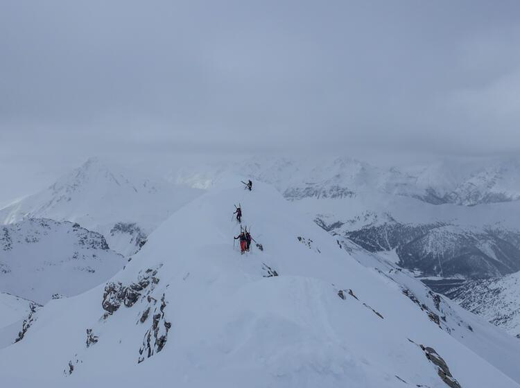 Anspruchsvolle Gipfelpassage Im Val Muestair Mit Bergfuehrer