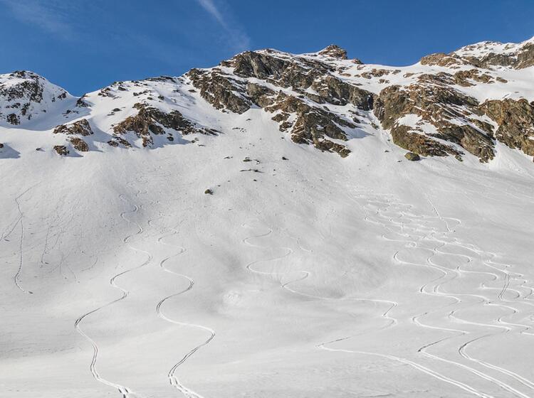 Anspruchsvolle Skitouren In Rumaenien Mit Bergfuehrer