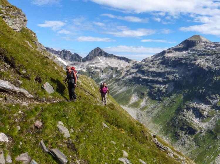 Anspruchsvolles Wandern Auf Der Glocknerrunde
