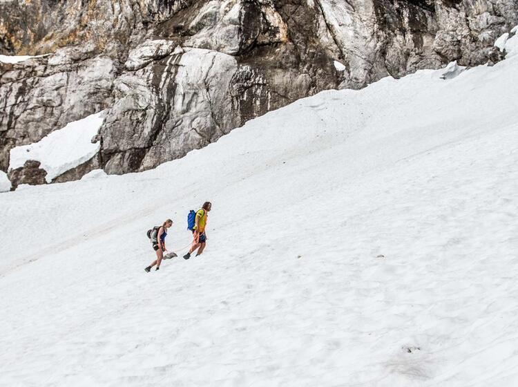 Anstieg Am Seil Ueber Den Hoellental Gletscher