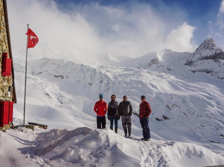 Auf Den Schweizer Huetten Der Tour Du Ciel
