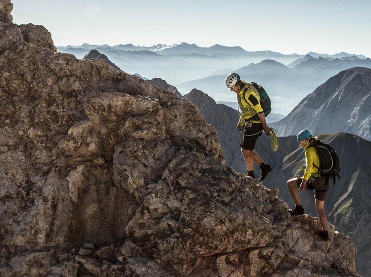 Auf Die Zugspitze Ueber Den Jubilaeumsgrat
