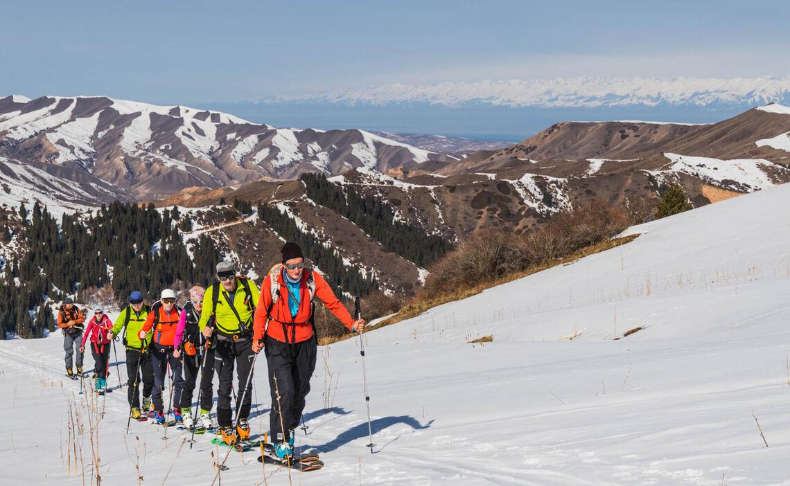 Aufstieg Auf Skitour In Kirgisien