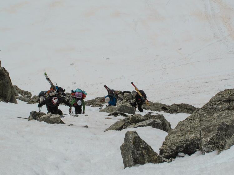 Aufstieg Mit Steigeisen Und Pickel Auf Der Haute Route