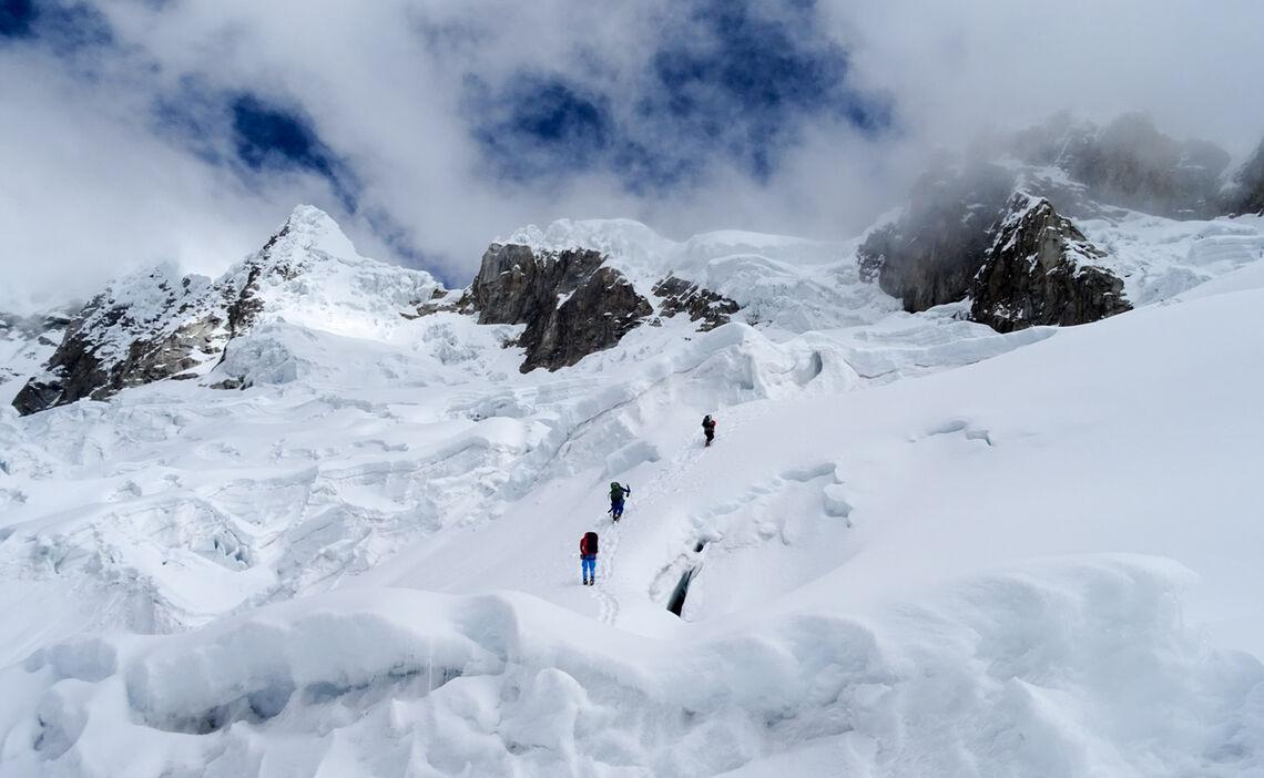 Aufstieg Zum Hochlager Alpamayo Expedition 5