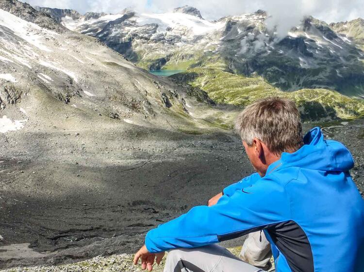 Ausblick In Die Hohen Tauern Auf Der Wanderung Glocknerrunde
