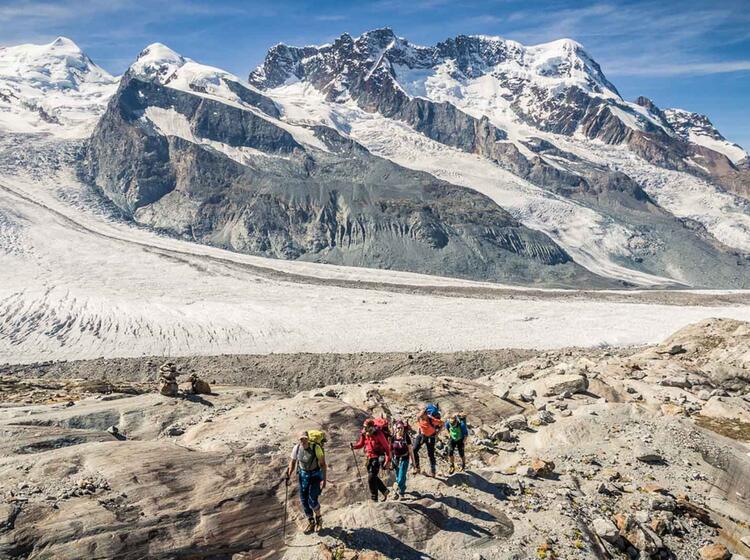 Ausstieg Vom Grenzgletscher Zum Rotenboden In Zermatt