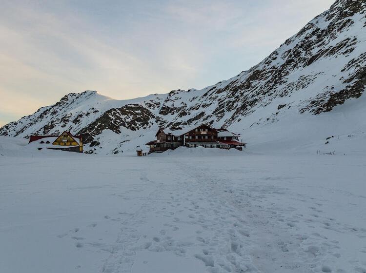 Balea Lac Unterkunft Skitouren In Rumaenien
