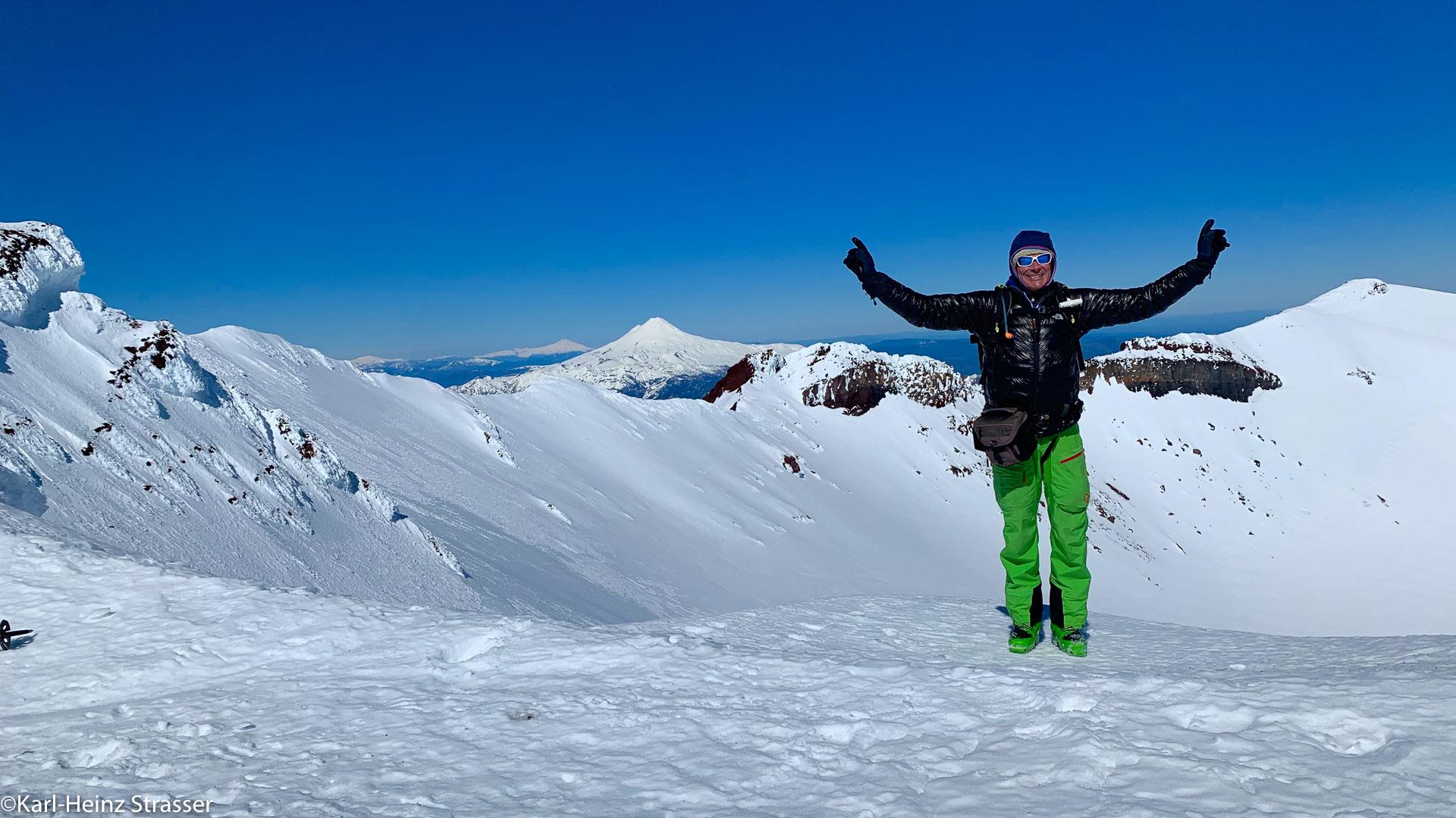 Am Gipfel der Skitourenträume in Chile