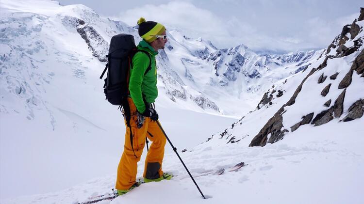 Bergfu Hrer Marius Klapfer Am Gipfel Des Mont Blanc