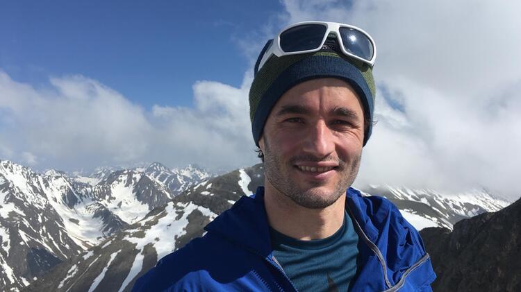 Bergfu Hrer Marius Klapfer Am Gipfel Des Piz Buin