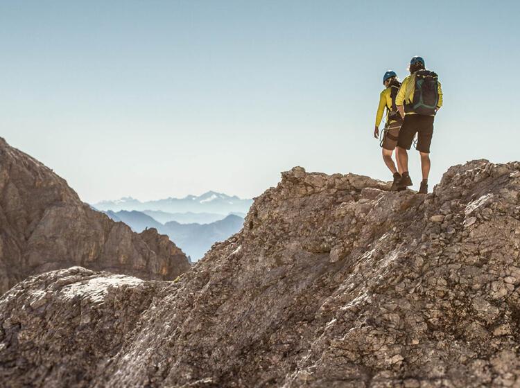 Bergfuehrer Der Bergsteigerschule Zugspitze Am Jubilaeumsgrat