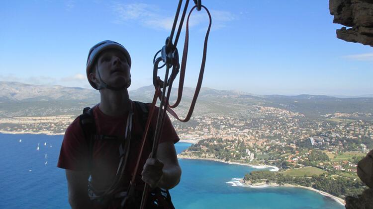 Bergfuehrer Hochrein Beim Klettern Auf Sardinien