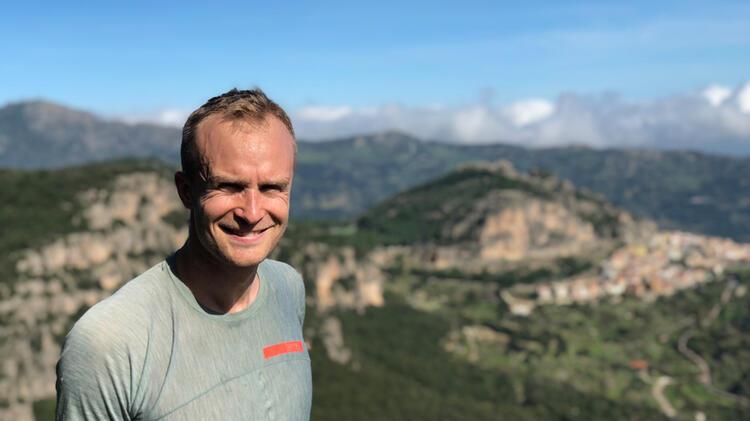 Bergfuehrer Isaksson Beim Klettern Am Gardasee