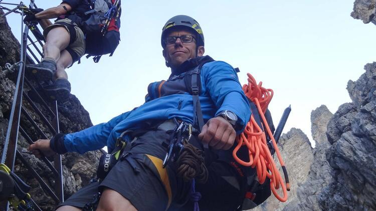 Bergfuehrer Jens Lang Auf Klettersteig Tour In Der Brenta