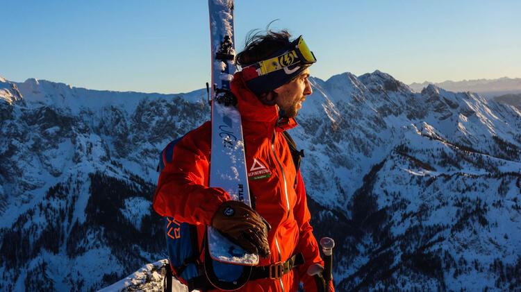 Bergfuehrer Markus Dillmann Auf Skitour Bei Kitzbuehel