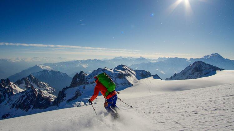 Bergfuehrer Michael Mautz Auf Der Skidurchquerung Haute Route
