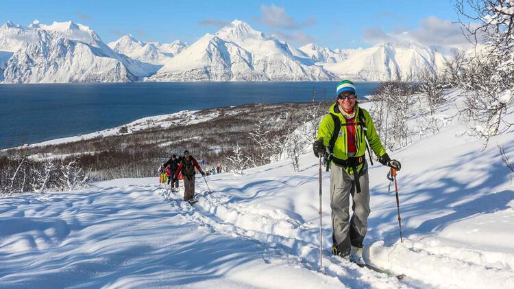 Bergfuehrer Michael Rueter Auf Skitour In Den Lyngen Alpen In Norwegen