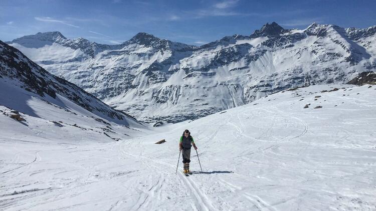 Bergwanderfuehrer Michael Lichtenstern Auf Skitour Am Grossvenediger
