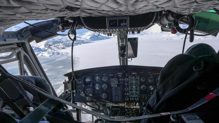 Blick Aus Dem Hubschrauber Im Flug Nach Tassilaq