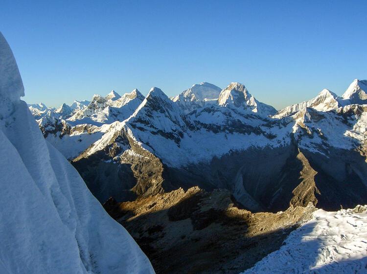 Blick In Die Cordillera Blanca Vom Gipfel Des Alpamayo