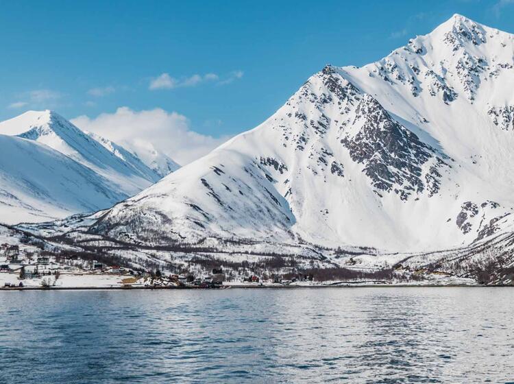 Blick Nach Koppangen Im Lyngenfjord Beim Skitouren Vom Schiff
