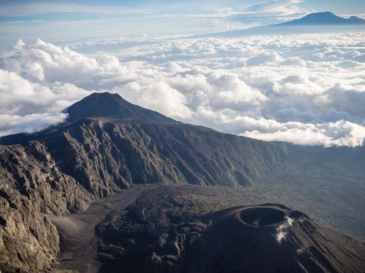 Blick Vom Mount Meru Auf Der Kilimandscharo Trekkingreise