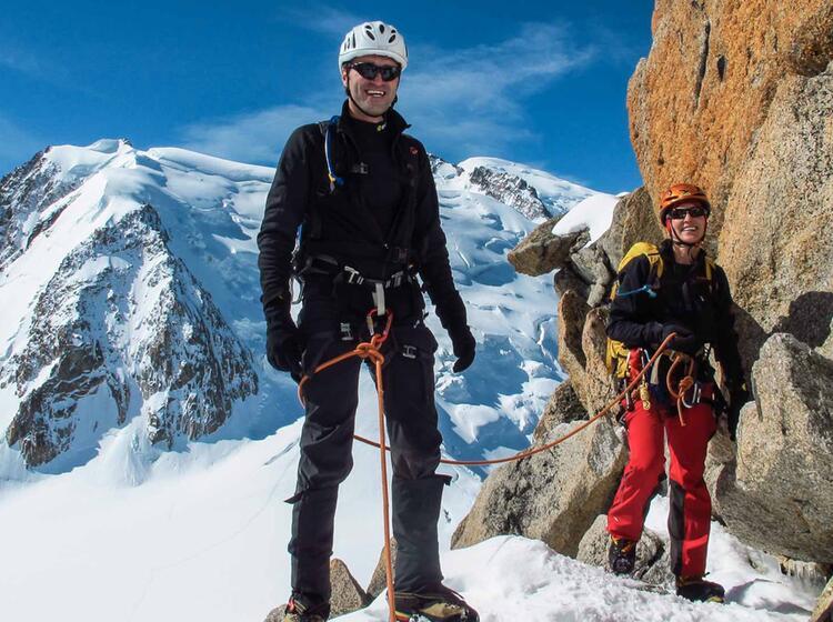 Cosmique Grat Hochtouren Fuehrung In Chamonix Am Mont Blanc