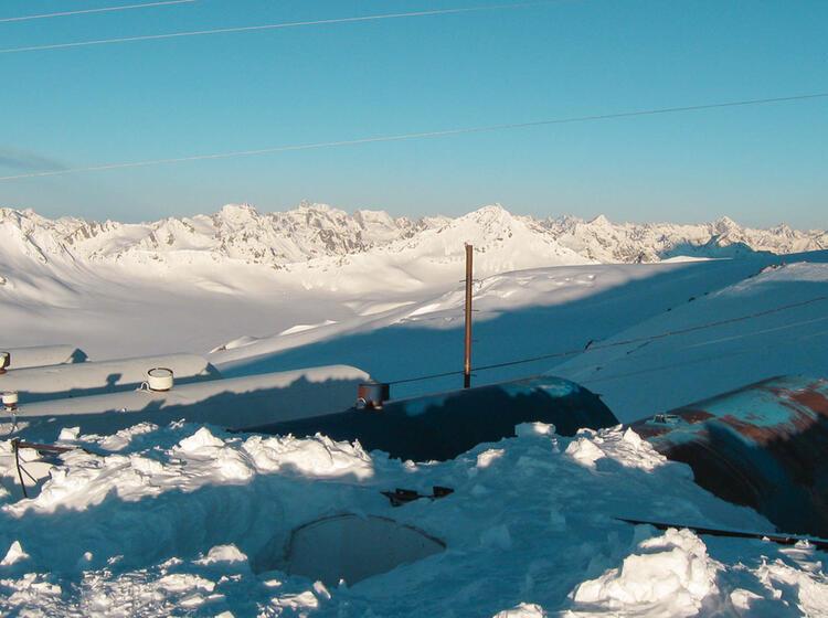 Das Elbrus Basislager Fu R Die Skitourenreise