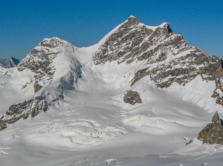 Das Jungfraujoch Ist Start Der Gletscher Wanderung Ueber Den Aletsch Gletscher