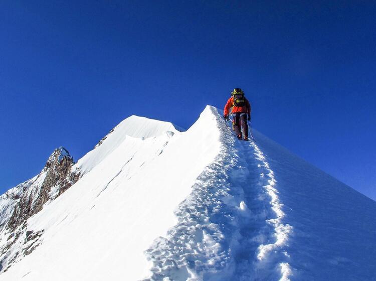 Den Bekanntesten Schnee Und Firngrat Bianco Grat Mit Bergfuehrer 1