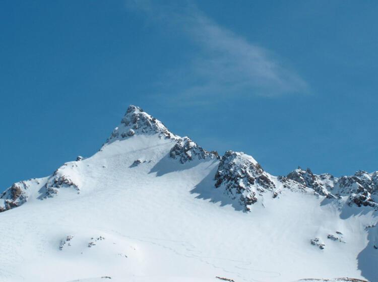 Die Dreila Nderspitze Mit Schneeschuhen Und Tourenski