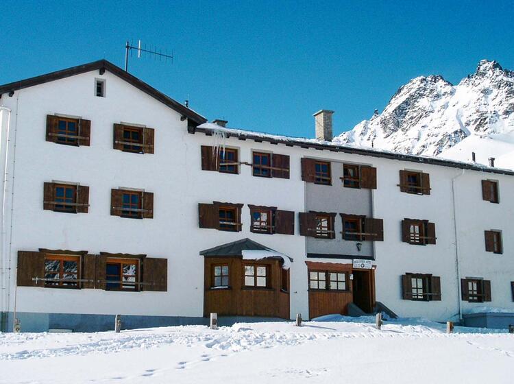 Die Heidelberger Hu Tte In Der Silvretta Auf Der Skitourenwoche