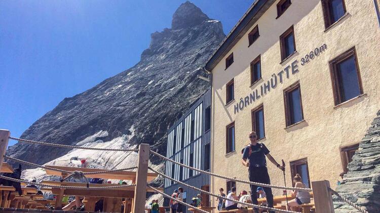 Die Hoernlihuette Am Fusse Des Matterhorn