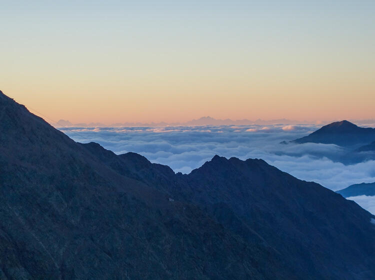 Die Oetztalrunde Von Vent Aus Auf Die Wildspitze Und Den Similaun