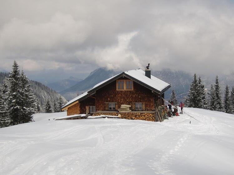 Die Stuibenhu Tte Am Skitourenkurs Garmisch