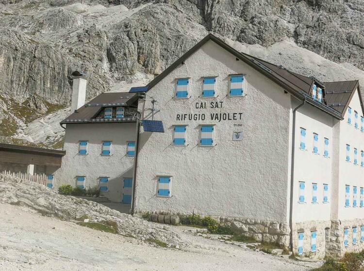 Die Vajolet Huette Im Rosengarten In Den Dolomiten Auf Der Wanderung