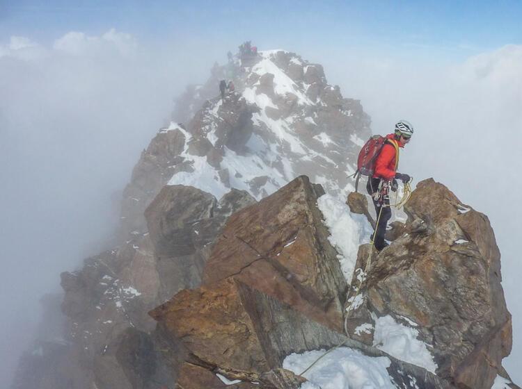 Dufourspitze Hochtourenfuehrung Mit Bergfuehrer