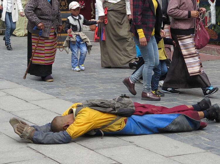 Ein Langer Weg Fuer Einen Religioesen Tibeter