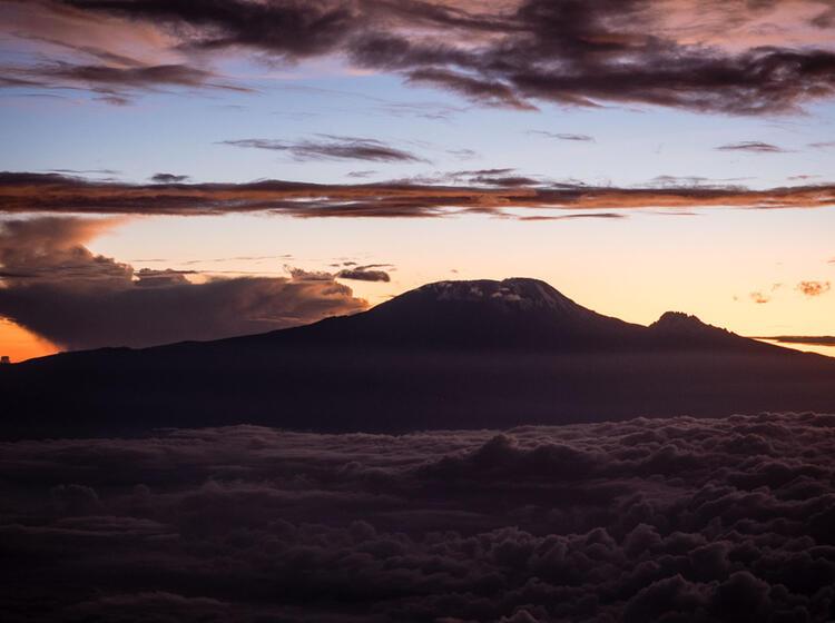 Eindrucksvolle Stimmung Am Kilimandscharo Machame Route