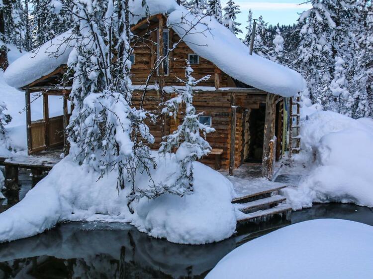 Einfache Aber Gemuetliche Unterkunft Bei Der Skitourenwoche Am Baikalsee In Sibirien