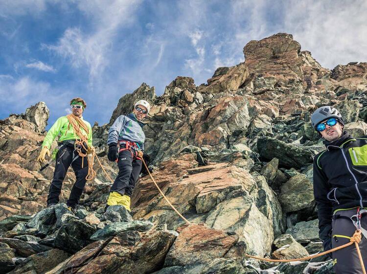 Einfache Kletterei Auf Der Hochtour Im Wallis