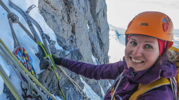 Eiskletterkurse Mit Bergfuehrerin Yvonne Koch